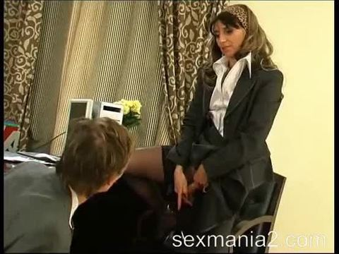 Strict mature boss forced to lick her hairy pussy